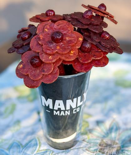 beef jerky bouquet, manly man co, meat bouquet, beef jerky, gift ideas, beef jerky gift, beef jerky flowers